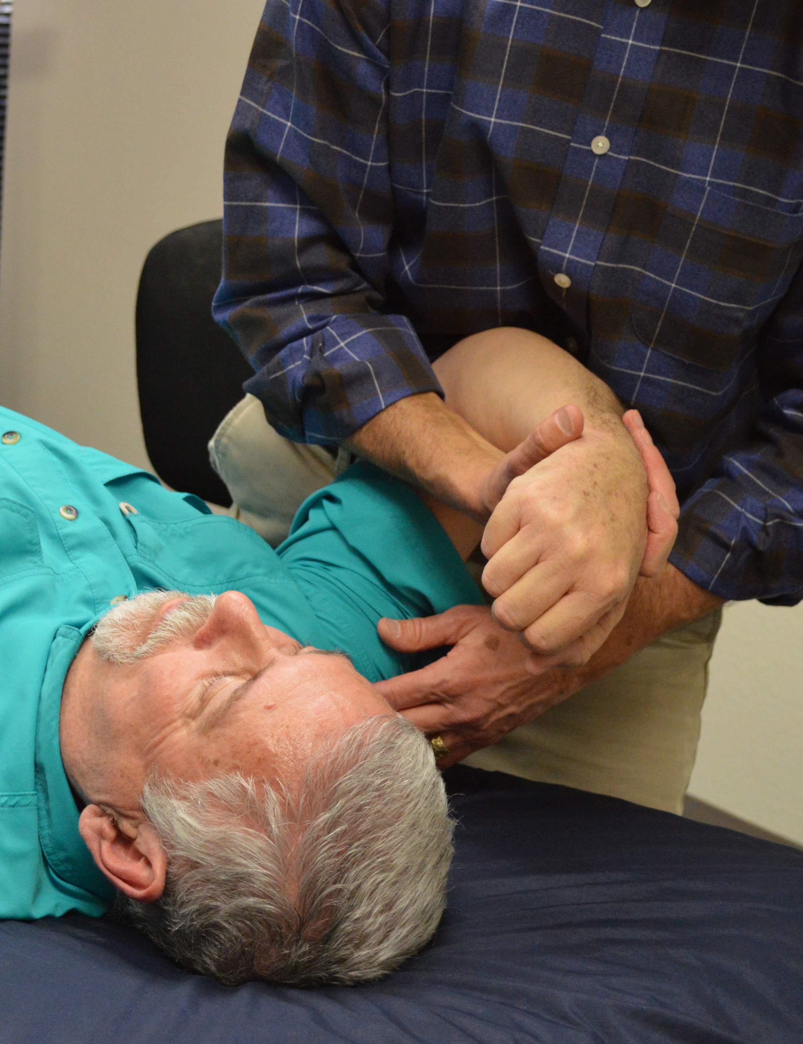 strain-counterstrain-pain-management-technique